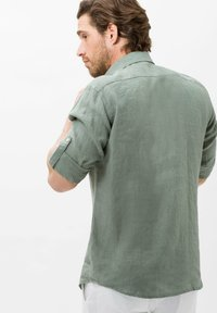 BRAX - STYLE DIRK - Shirt - olive - 2