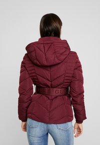 Guess - PETRA JACKET - Dunjakke - martina red - 3