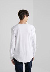 JOOP! Jeans - CARLOS - Long sleeved top - white - 2