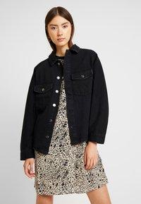 ONLY - ONLEVERLY RAGLAN JACKET YORK - Denim jacket - black - 0