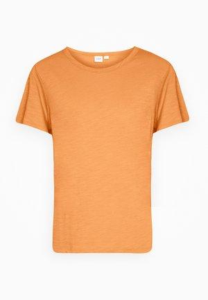 SLUB  - Camiseta básica - tumeric