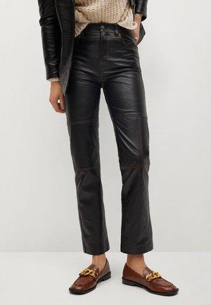 JANDRI-I - Pantaloni di pelle - schwarz