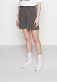 BDG Urban Outfitters - JOGGER - Shorts - charcoal - 0