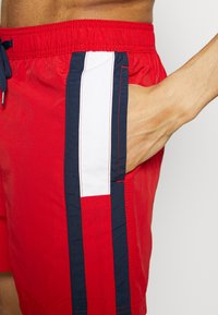 Tommy Hilfiger - Swimming shorts - red - 3
