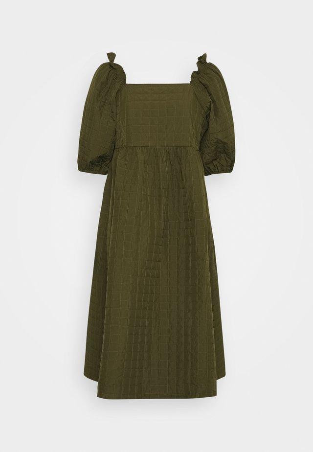 SLFGINNA MIDI DRESS - Day dress - olive night