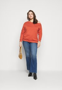 Even&Odd Curvy - Collegepaita - rust