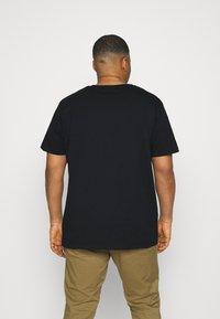 GANT - PLUS ARCHIVE SHIELD - T-shirt med print - black - 2