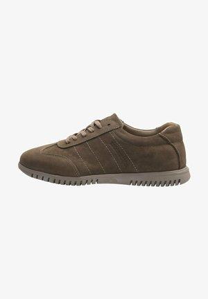 MODERN MARC - Zapatos con cordones - sand