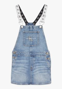 Calvin Klein Jeans - DUNGAREE DRESS  - Denimové šaty - denim - 0