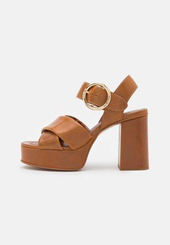 LYNA  - Platform sandals - light pastelbrown