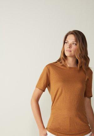 Basic T-shirt - braun - 411i - tabacco