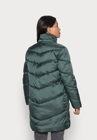 VILA PETITE - VIADAYA JACKET - Winter coat - darkest spruce - 3