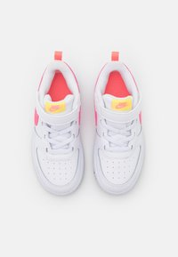 Nike Sportswear - COURT BOROUGH 2 UNISEX - Trainers - white/sunset pulse/light zitron/black - 3
