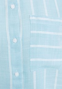 TOM TAILOR - BLOUSE WITH STRUCTURED STRIPE - Button-down blouse - blue - 2