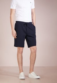 Polo Ralph Lauren - DOUBLE KNIT TECH-SHO - Shorts - aviator navy - 0