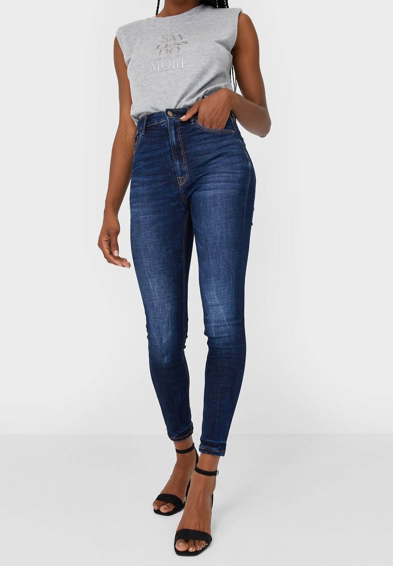 Stradivarius - Jeans Skinny Fit - blue denim