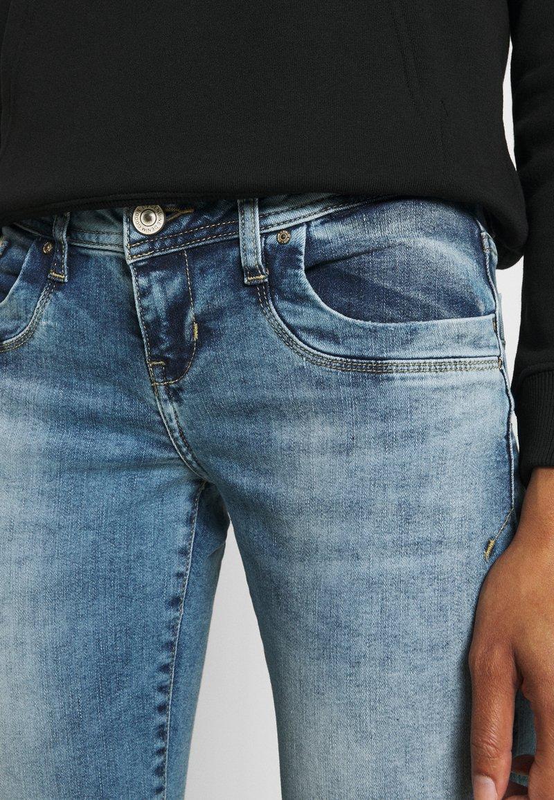 LTB VALERIE - Jeans Bootcut - parwin wash/light-blue denim l1BGxB