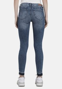 TOM TAILOR DENIM - MIT RISSEN - Jeans Skinny Fit - blue denim - 2