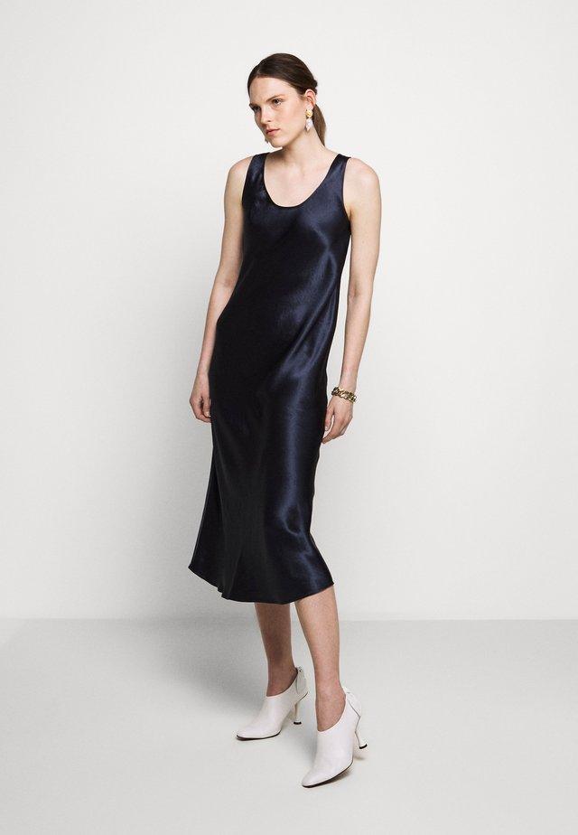 TALETE - Vapaa-ajan mekko - ultramarine