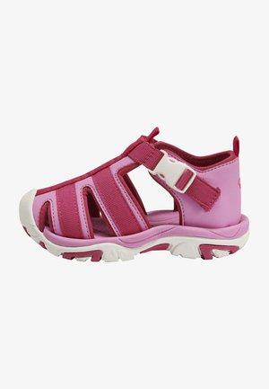 Sandals - fuchsia pink
