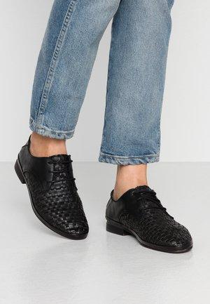 CHANTAL - Zapatos de vestir - black