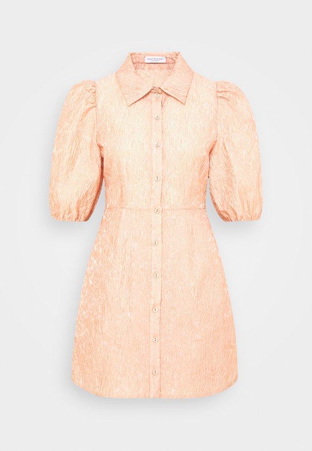 MADDIE - Košilové šaty - rose cloud