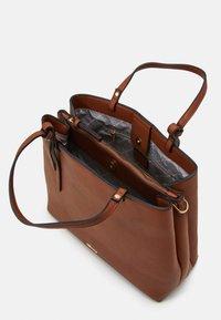 Tamaris - BROOKE - Handbag - cognac - 2