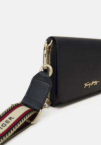 Tommy Hilfiger - ICONIC CROSSOVER - Across body bag - blue - 4
