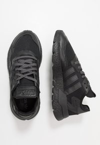 adidas Originals - NITE JOGGER - Sneakers laag - core black - 3