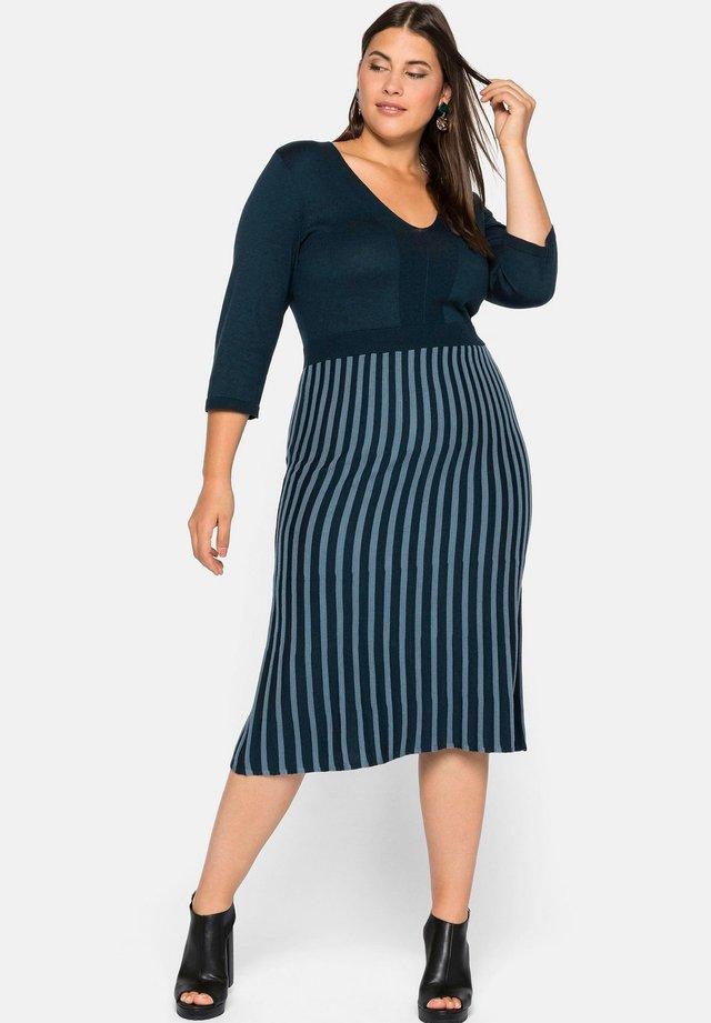 Gebreide jurk - dunkelpetrol