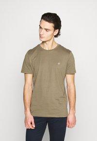 Jack & Jones - JORTIMES TEE CREW NECK 5 PACK - Basic T-shirt - dark blue/black/white/light grey/khaki - 1