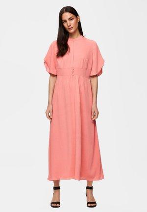 Maxi dress - peach bloom