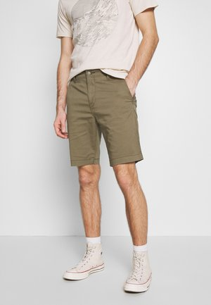XX CHINO TAPER SHORT II - Szorty - olive