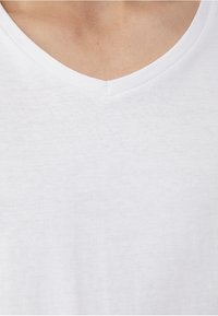 PULL&BEAR - Basic T-shirt - white - 4