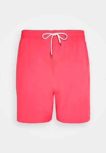 TRAVELER - Swimming shorts - racing red