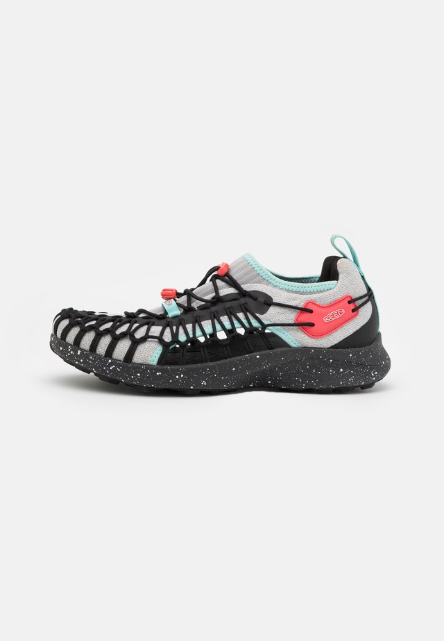 UNEEK - Sneakers laag - vapor/dubarry