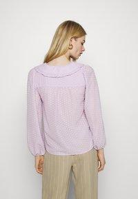 YAS - YASMINNIE - Skjorte - lavender fog - 2