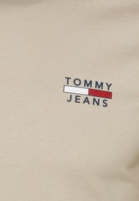 Tommy Jeans - CHEST LOGO TEE - Print T-shirt - beige - 2