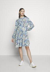 mbyM - MARRANIE - Vapaa-ajan mekko - taylor mint print - 1
