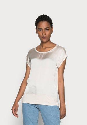 THILDE - Camiseta básica - sand