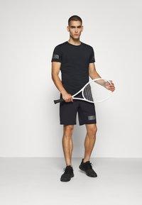 Björn Borg - MEDAL SHORTS - Sports shorts - black/silver - 1