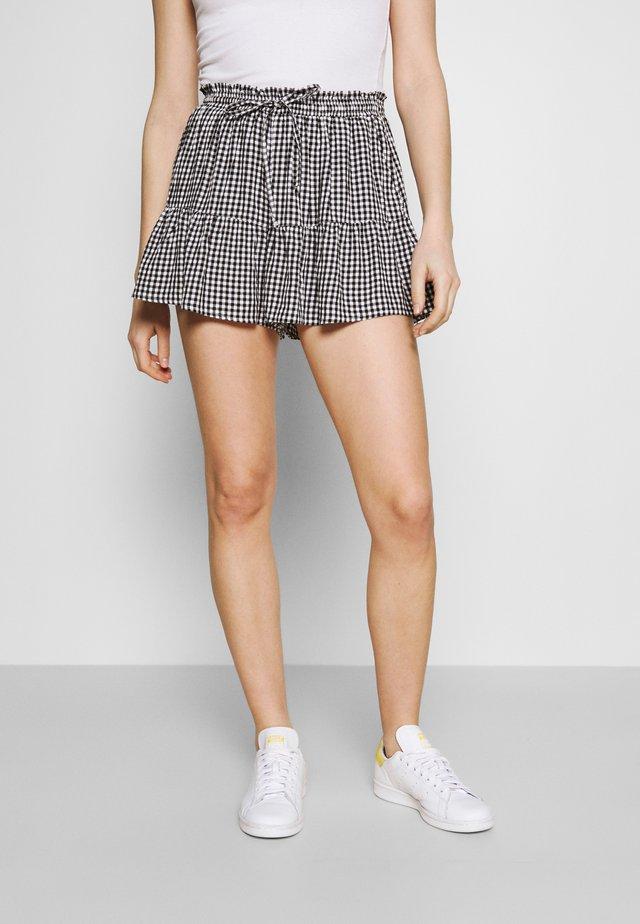 Shorts - black gingham