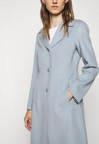 WEEKEND MaxMara - UGGIOSO - Classic coat - aqua marina - 7