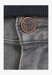 PME Legend - NIGHTFLIGHT - Slim fit jeans - touch down grey - 2