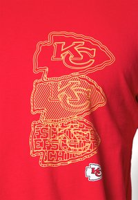 Fanatics - NFL KANSAS CITY CHIEFS CHAIN CORE GRAPHIC - Club wear - red