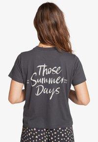 Billabong - Print T-shirt - off black - 1