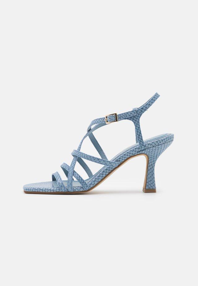 Sandały - papua cielo