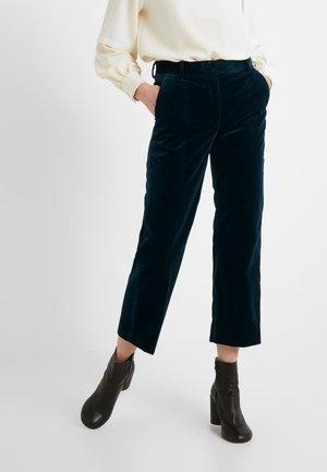 BALEA - Spodnie materiałowe - scarab green