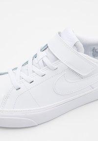 Nike Sportswear - COURT LEGACY  - Sneakers laag - white - 5