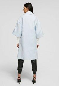 KARL LAGERFELD - Classic coat - artic ice - 2